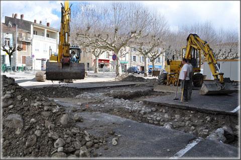 Fouilles archéologiques préventives place de la République 05