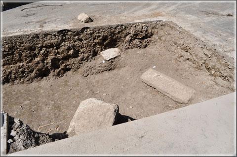 Fouilles archéologiques préventives place de la République 09